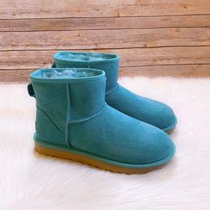 UGG Classic Mini II Boots In Clear Water